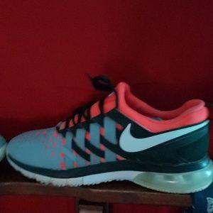 Nike Fingertrap Max shoes